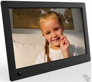 "NIX X08G Advance 8"" Widescreen Hi-Res Digital Photo & HD Video Frame"
