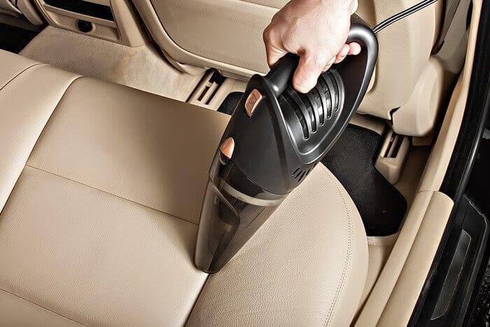 car vaccum cleaner