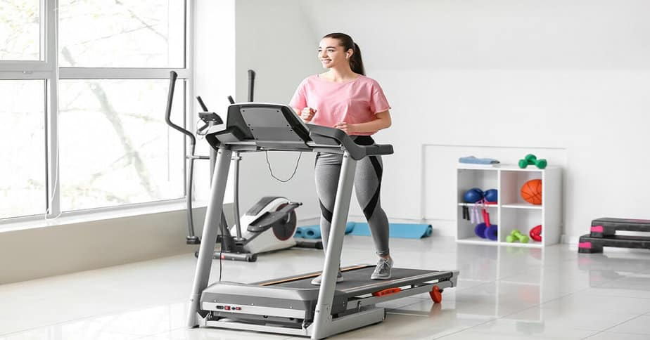 Best Commercial Treadmill in India (1)