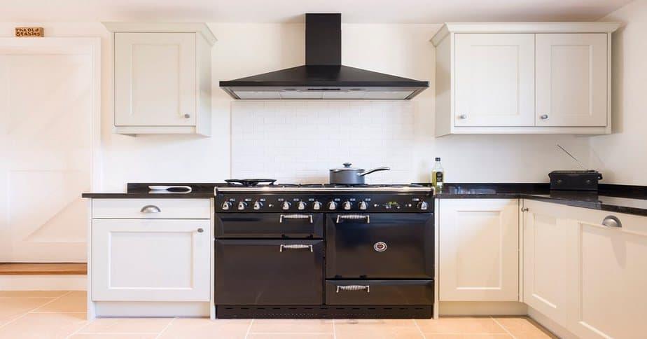 Kitchen Chimney Installation & Height